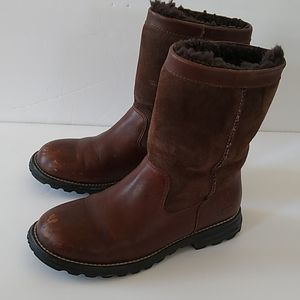 UGG Brown Sheepskin Leather Boots Size 7